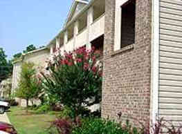 Carlson Bay Apartments - Fayetteville