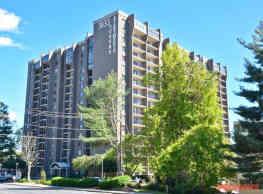3833 Peachtree - Atlanta