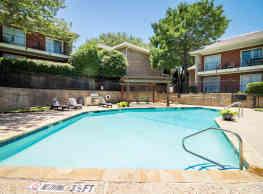 Woods of Ridgmar West Apartments - Benbrook