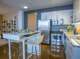 Mezzo Design Lofts - Charlestown