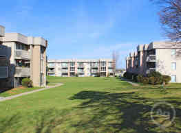 Peachtree Apartments - Clinton Township