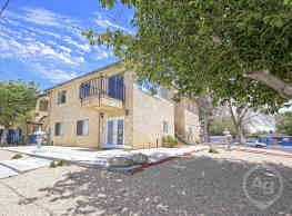 Rosamond Garden Apartments - Rosamond