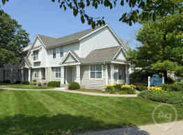 Foxboro and Ashworth Pointe Townhomes - West Des Moines