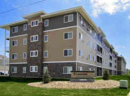 Pinecrest Apartments - Fargo