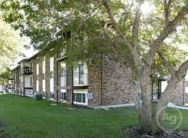 Washington Heights Apartments - Bismarck