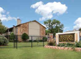 Water's Landing - Fort Worth