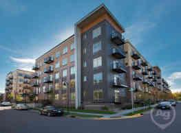 Hoigaard Village Apartments - Saint Louis Park