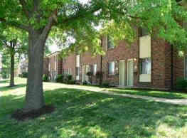 Yorktowne Apartments and Townhomes - Saint Louis