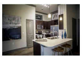 Stratus Phillips Creek Ranch Apartments - Frisco