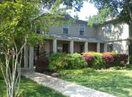 Hillburn Hills Apartments - Dallas