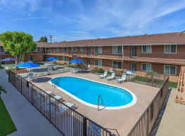 Imperial Place Luxury Apartments - Norwalk