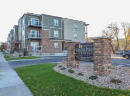 Zander Place Apartments - Cross Plains