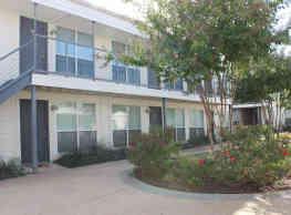 Carillon Apartments - Dallas