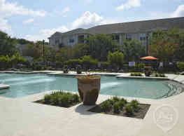 The Grove At Oakbrook - Summerville