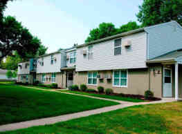 Homestead Village Townhomes - Rochester