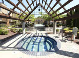 The Colonnade Townhomes - Hillsboro