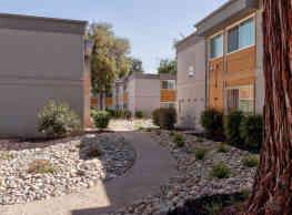 University River Village - Sacramento