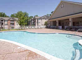Cliff Creek Apartments - Fayetteville