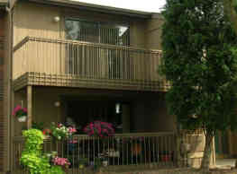 Woodside Apartments - Rochester Hills