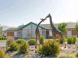 Serengeti Springs - West Jordan
