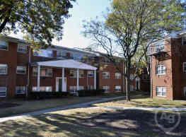 Valley Manor Apartments - Edison