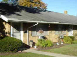 Cody Park Apartments - Willowick