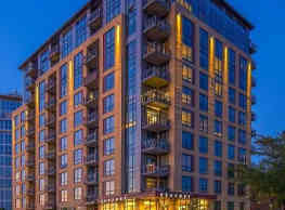 Venture Luxury High Rise - Madison