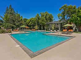 The Falls At Arden Apartments - Sacramento