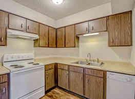 Briarwood Village Apartments - Springfield