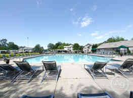 Muirwood Apartments & Terrace Homes - Farmington Hills