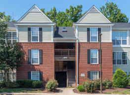 Townsend Square Apartments - Fredericksburg