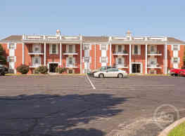 Indian Hills Apartments - Wichita