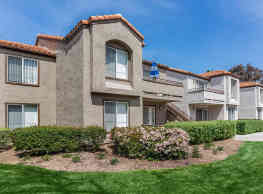 Villas Aliento Apartment Homes - Rancho Santa Margarita