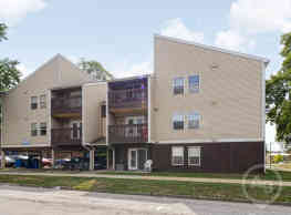 Pfeffer Apartments - Champaign