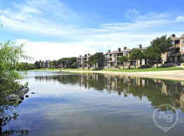 The Reserve on Willow Lake - Fort Worth