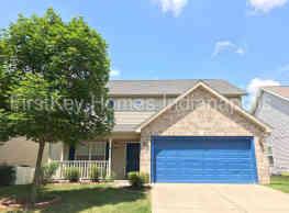 14932 Oak Rd - Carmel