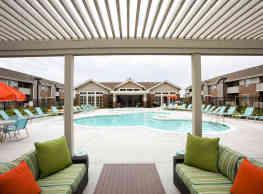 SunSTONE Apartment Homes at Fox Ridge - Wichita