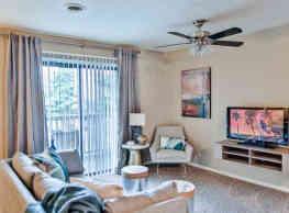 Cedar Point Apartments - Roanoke