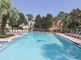 Shore Club Apartments - Orlando