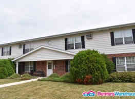 Spacious West Bend Apartment for Rent - West Bend