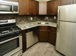 Cedar Creek Apartment Homes - Glen Burnie