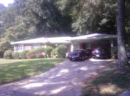 936 Woodmere Dr NW - Atlanta