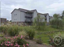 Brookstone Apartments - Fayetteville