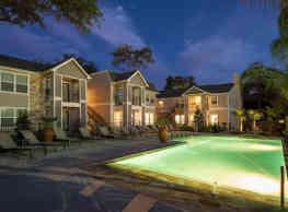 Reserve At Garden Oaks - Houston