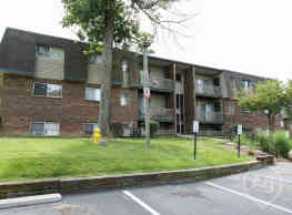 Millcroft Apartments & Townhomes - Milford
