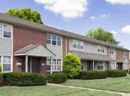 Columbus Crossing Townhomes - Columbus