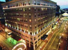 The Atrium Apartments and Lofts - Baltimore