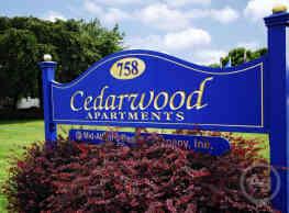 Cedarwood Apartments - Newark