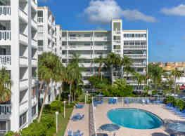 Gull Harbor Apartments - Redington Beach