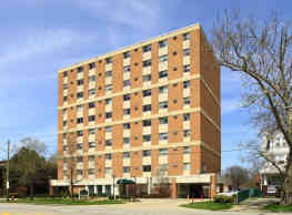 New Clifton Plaza Apartments - Cleveland